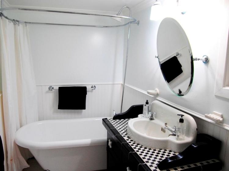 Beautiful Freistehende Badewanne Einrichten Modern Photos - Ideas
