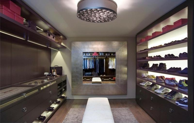 Ankleidezimmer-einrichten-modern-Spiegel-Moebel-Holz-Schraenkejpg - ankleidezimmer