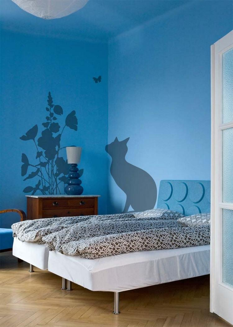 Wnde streichen beispiele fein eine wand blau streichen wohnzimmer beau besten kolorat zimmer - Wand streichen muster abkleben ...