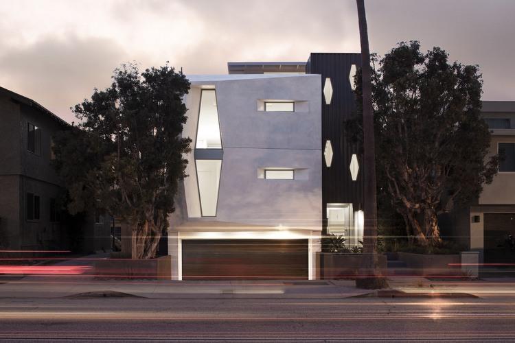 ... Farbe Weiß Für Innen Und Außen   Modernes Haus In Kalifornien   Haus  Farbe ...