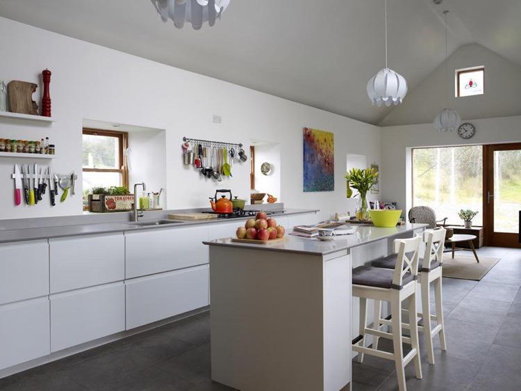 ... Grifflose Küche Im Modernen Stil   Wenn Weniger Mehr Ist   Moderne  Kuchen Grifflosen Fronten ...