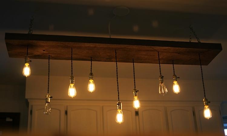 Glühbirne Als Lampe Selber Machen   Die Trendige Leuchte Als Deko    Esszimmer Lampe Selber Bauen
