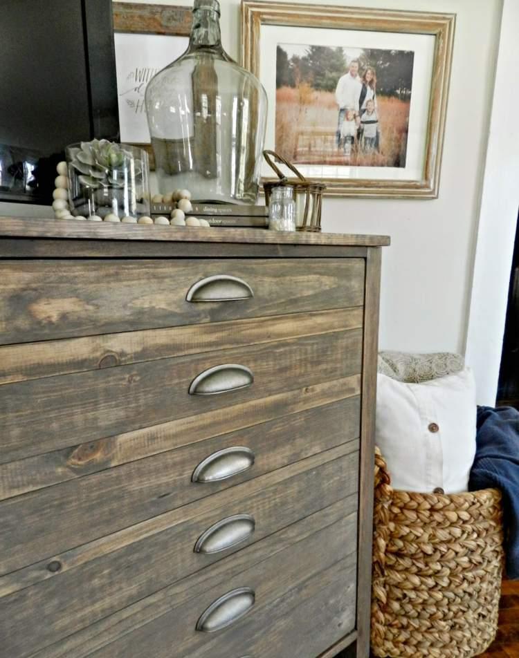 Holz Altern Hausmittel Grau U2013 Moderniseinfo Efbbbf Heizkorper Mit Dekorativen  Elementen Fur Stilvolle Inneneinrichtung