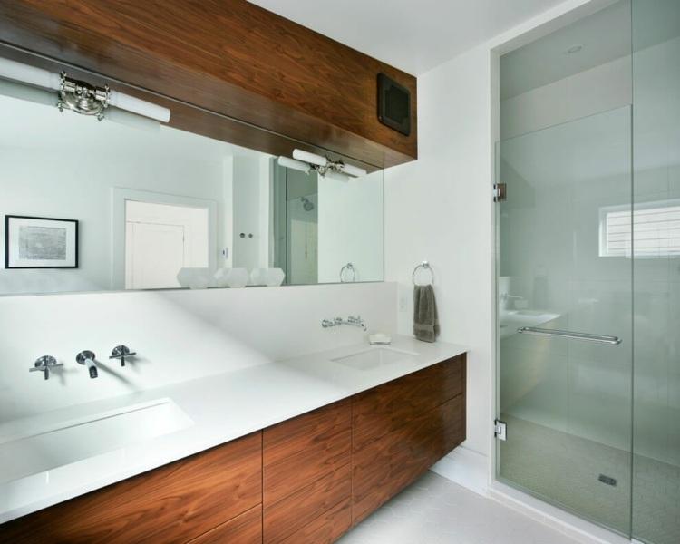 Weiße Küche Und Dunkles Holz Für Eine Stilvolle Haus Renovierung   Weisse  Kueche Holz Modern Design