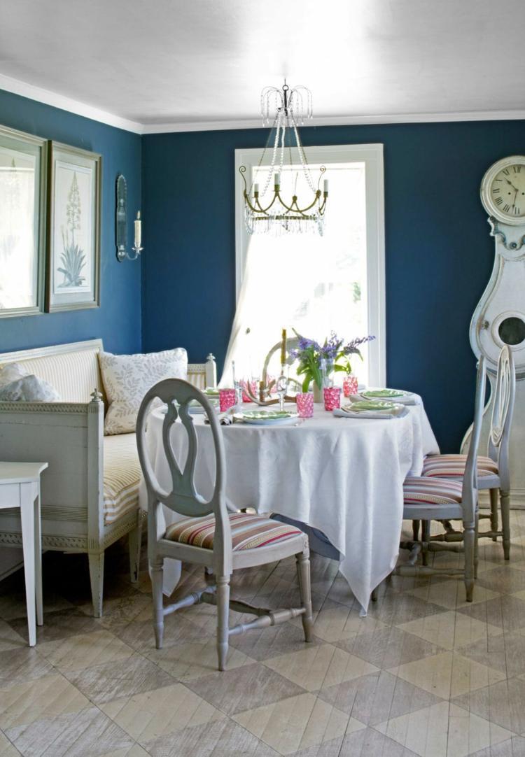 Wandfarbe Schlafzimmer Mit Weissen Mobeln Akzentwand Mit Schwarz