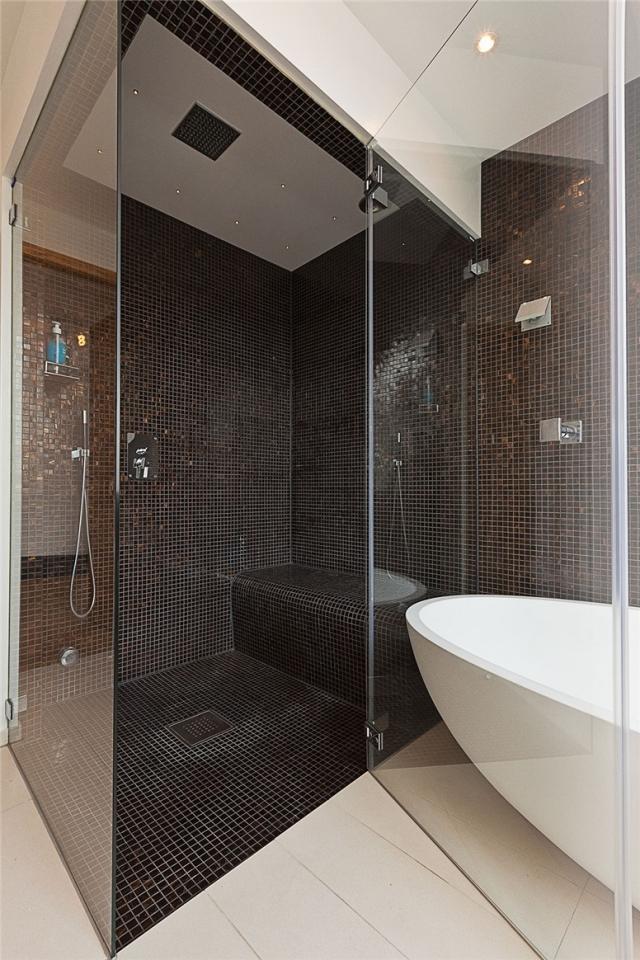 Mosaique Noir Salle De Bain | Mur D\'eau : Avec Bassin, Déesse Dewi ...