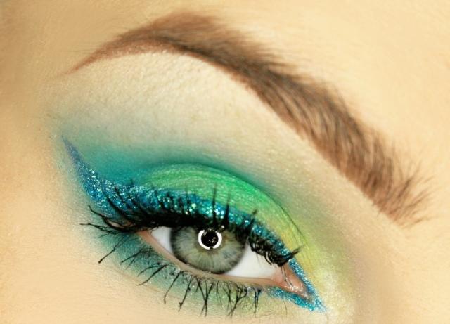 maquillage-yeux-idee-ete-eye-liner-fard-yeux