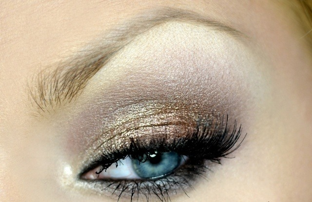 maquillage yeux idee-ete-fard-paillette-mascara-eye-liner