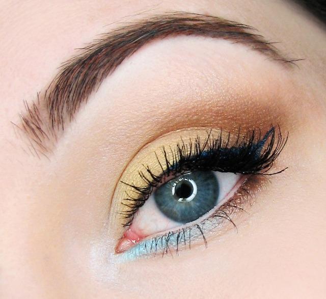 maquillage-yeux-idee-ete-smokey-eye-eye-liner-mascara-cils-sourcils