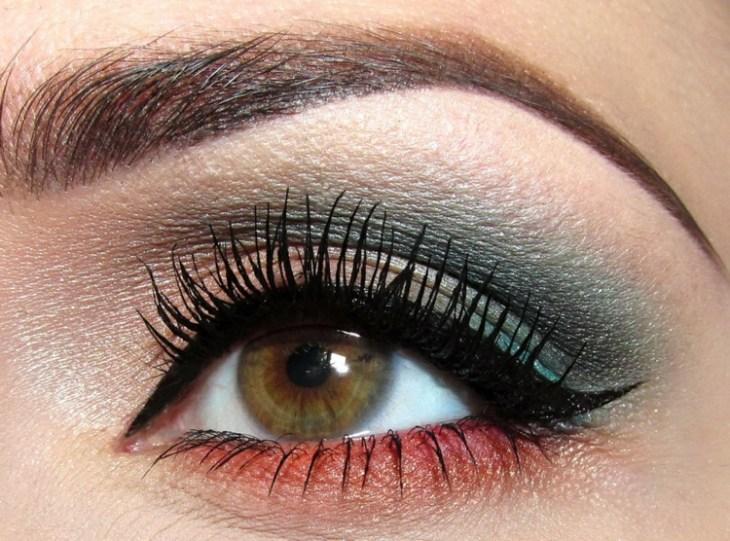 idees-maquillage-ete-ombre-paupières-corail-bleu-rose-pâle-mascara