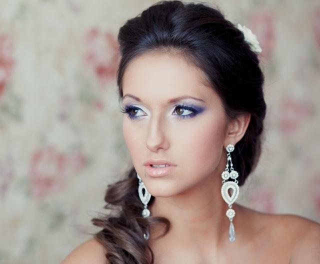 maquillage-mariée-exotique-fard-paupières-blanc-mauve