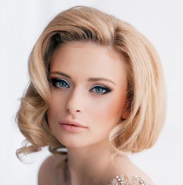 maquillage-mariée-naturel-eye-liner-fard-blanc-coiffure-rétro