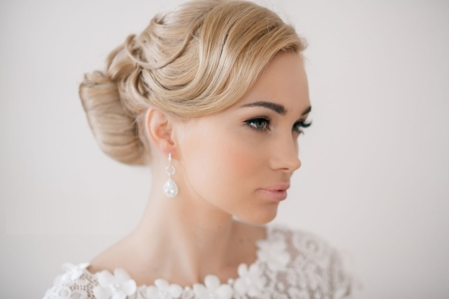 maquillage-mariée-naturel-eye-liner-mascara-lèvres-rose