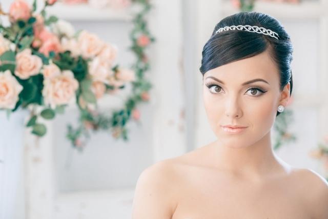 maquillage-mariée-naturel-eye-liner-oeil-biche-lèvres-nude