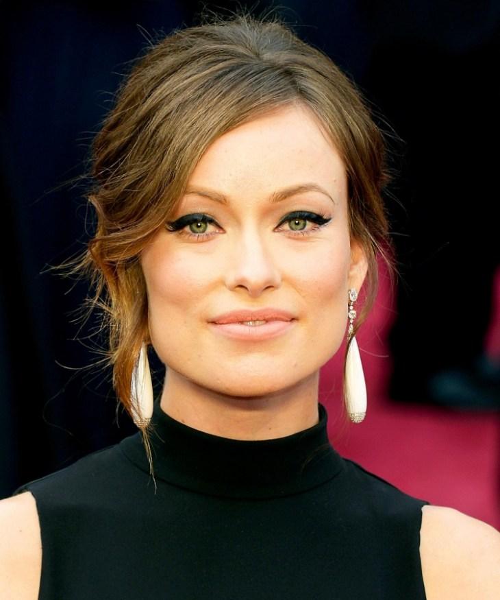 comment-bien-maquiller Olivia Wilde eye-liner trait épais vintage lèvres pastel