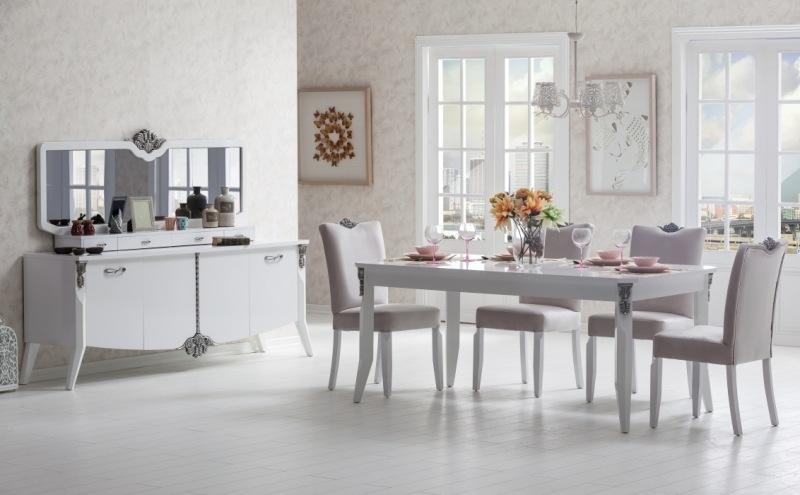 Chaises Medaillon Design