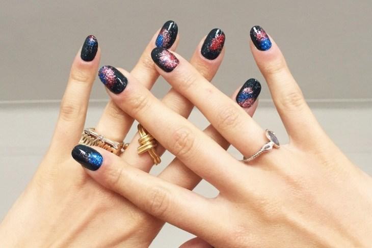 tuto nail art –nouvel-an-vernis-ongles-noir-motif-feu-artifice-paillete