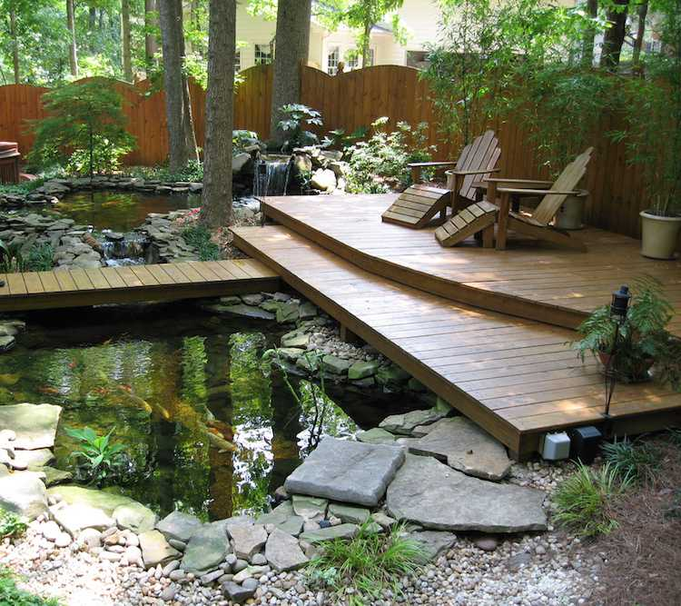 Get Ready for Summer 22 Ideas to Boost Your Garden Décoration - terrasse bois avec bassin