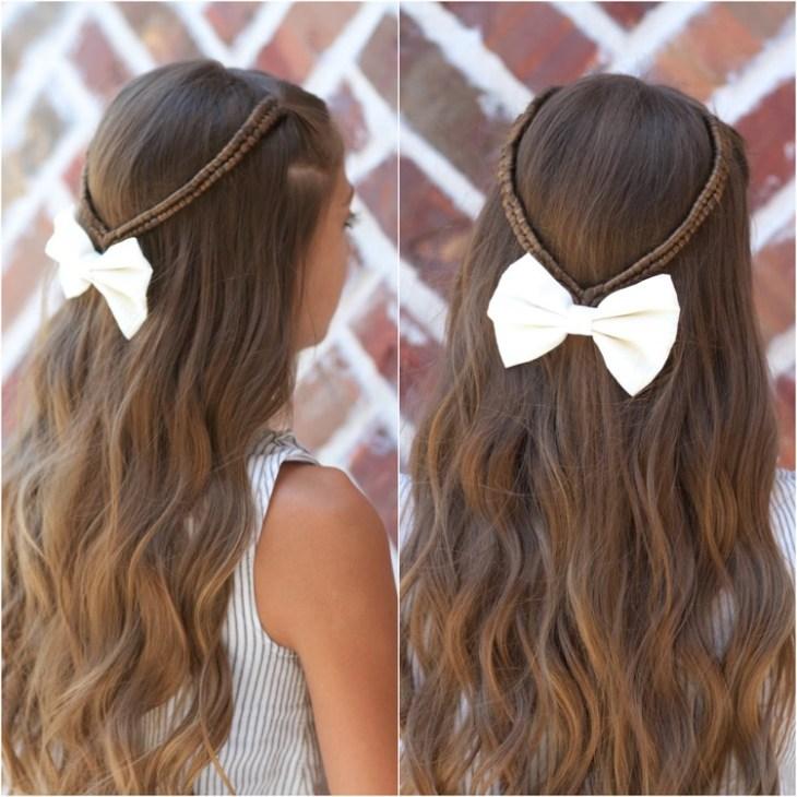 coiffure pour petite fille -tresses-infinity-épingle-cheveux-noeud-blanc