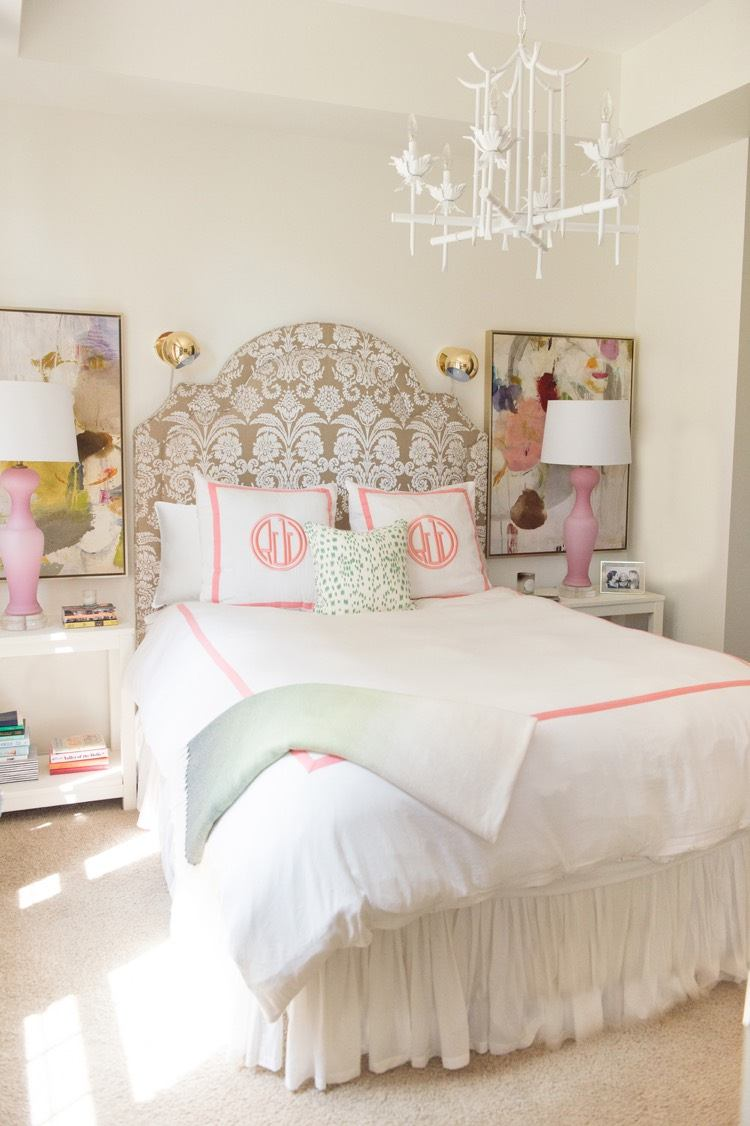 Teenage Girl Room White And Gold Polka Dot Wallpaper D 233 Co Chambre Fille Ado En Rose Or Et Compagnie En