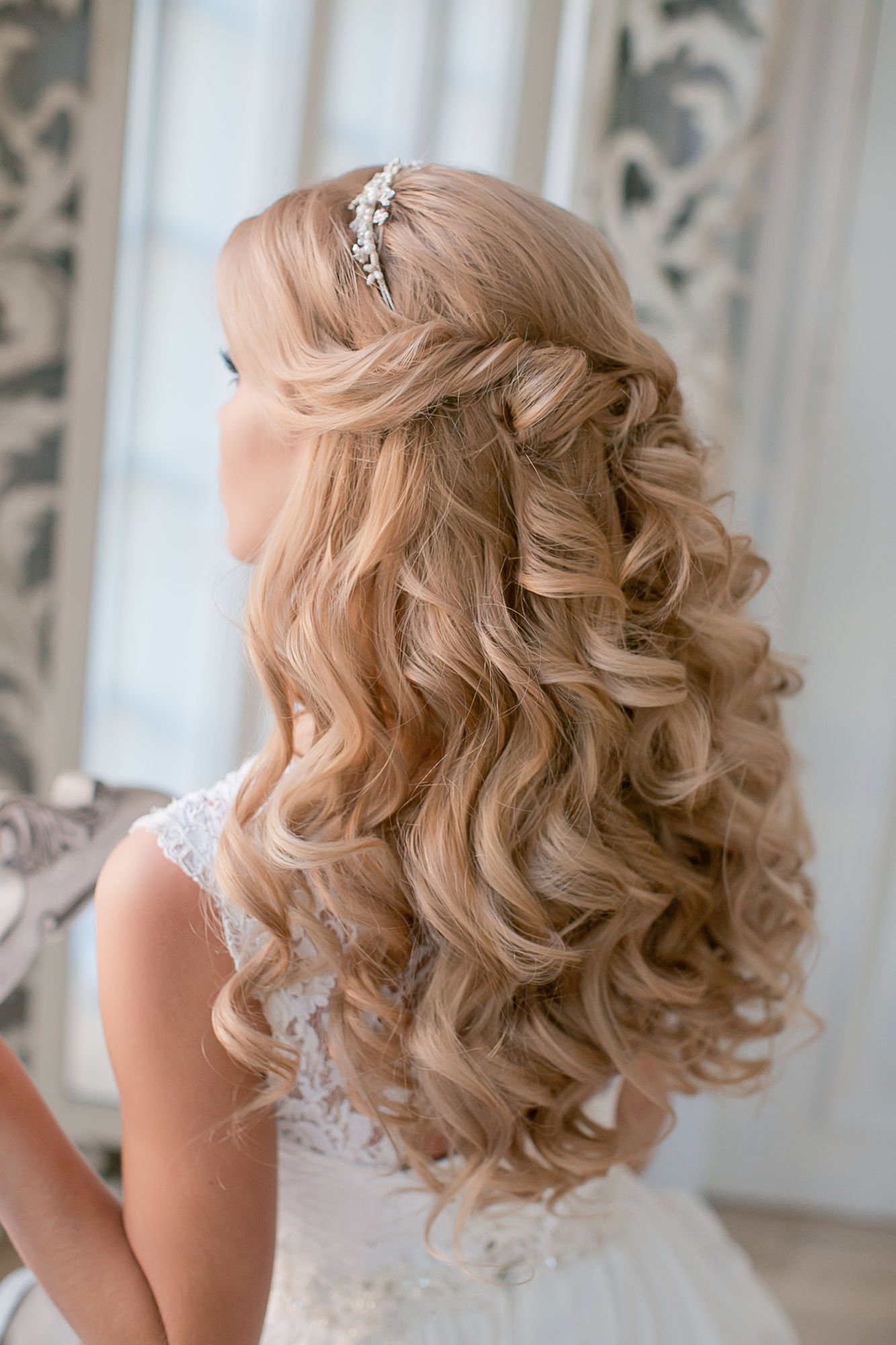 Coiffure Mariage Fille Cheveux Long Coiffure Mariage Lache Boucle