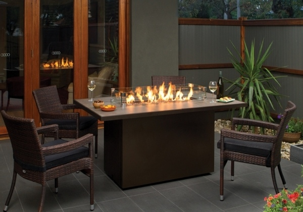 40 Ideas For Modern Fire Pit Designs To Add Character To