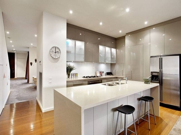 Kitchen Trends 2015 Open Floor Plan Black White And Gold