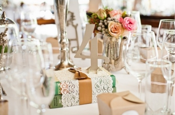 Shabby chic wedding decoration ideas elitflat shabby chic wedding decor lovely romantic atmosphere at saveenlarge junglespirit Image collections