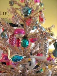 Unique vintage Christmas ornaments  the beauty of the