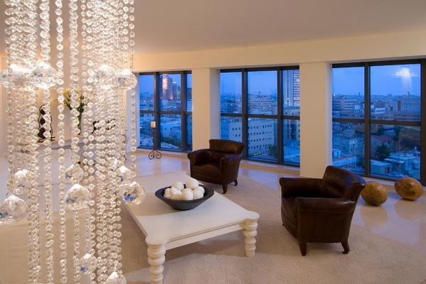 How To Use Decorative Beaded Curtains To Add Style To Home