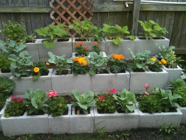 Cinder block garden ideas  furniture, planters, walls and