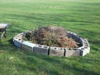 Cinder block fire pit  DIY fire pit ideas for your backyard