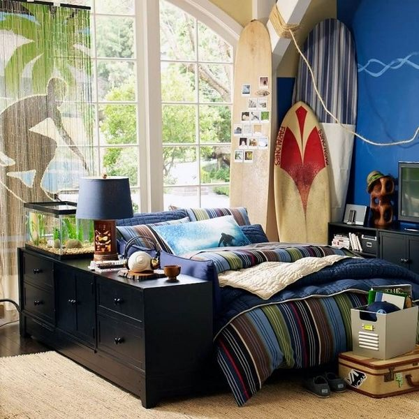 Surfboard decor ideas  creative and original DIY home