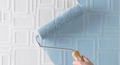 Painting over wallpaper – is it a good or a bad idea?
