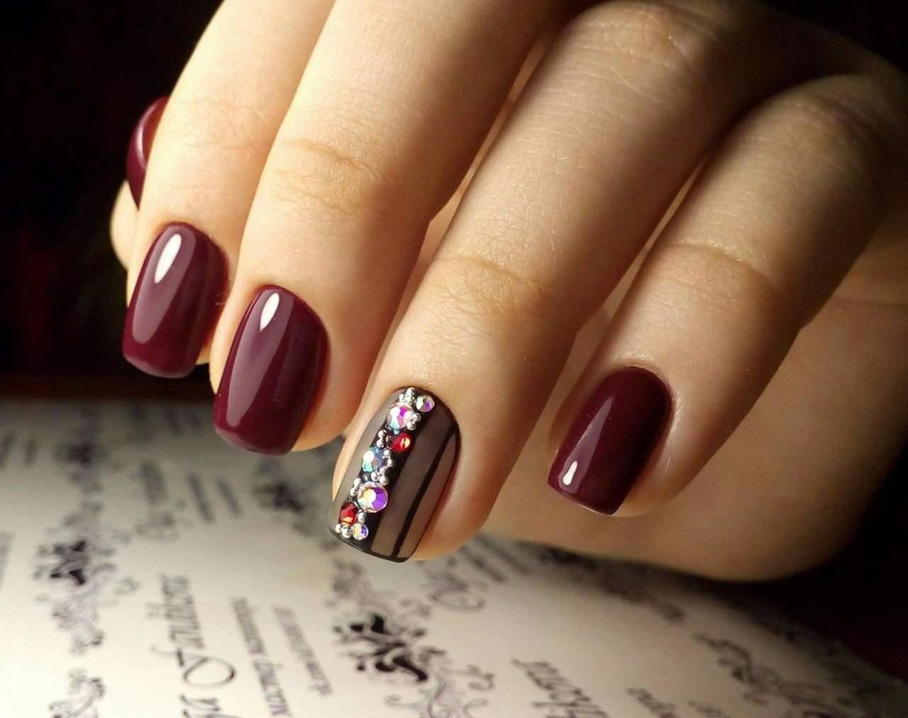 Elegant Nail Designs With Rhinestones Glamorous And Chic
