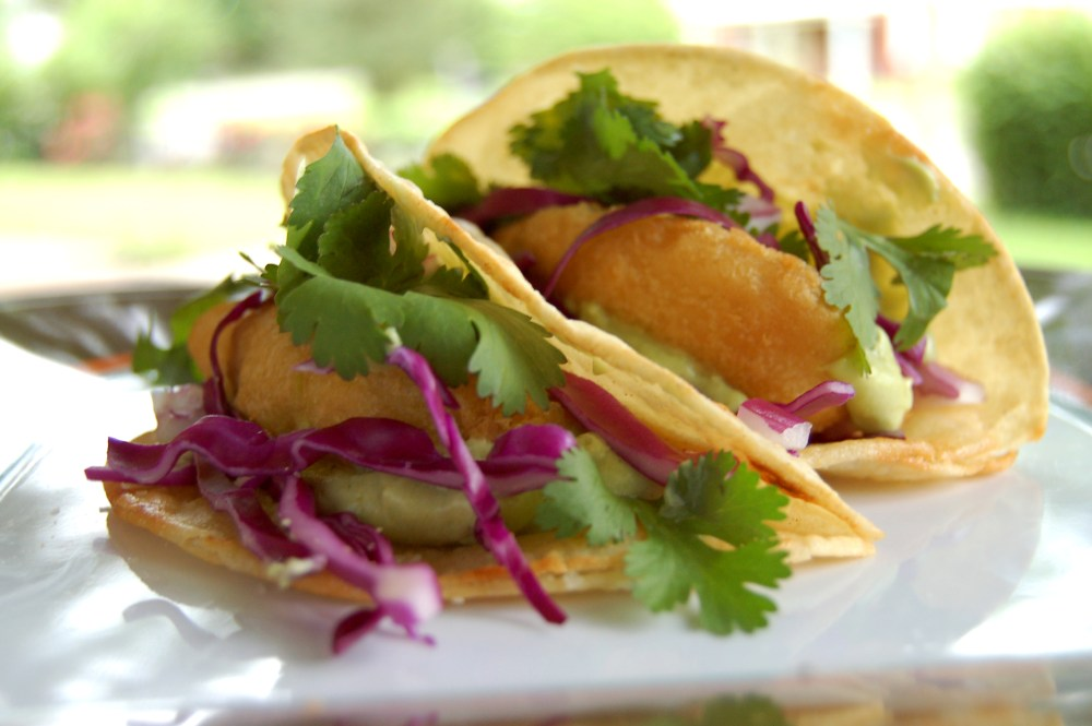 Fish Tacos with Avocado Crema Sauce (2/2)
