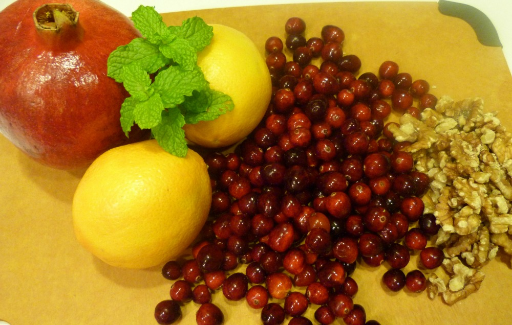 cranberry sauce ingredients 1000 x 636