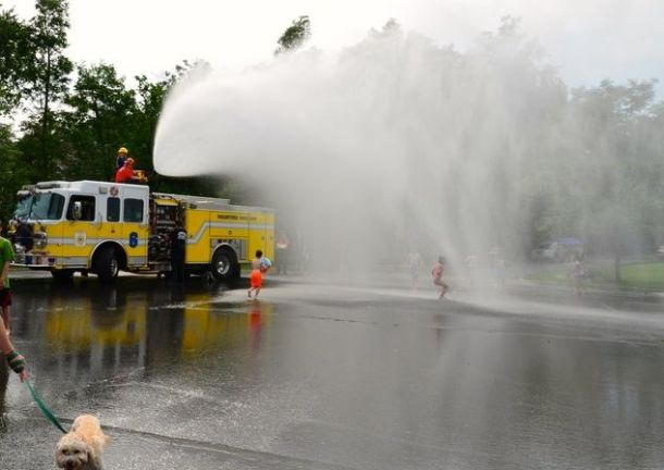 FiretruckHosedown