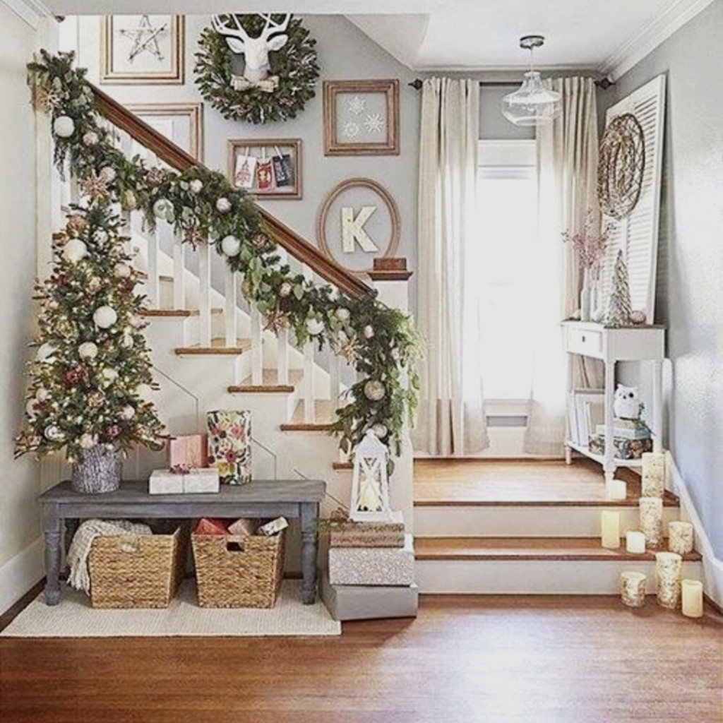 Foyer Decorating Ideas Small Entryways 29 43 Small Foyer Decor Ideas For Tiny