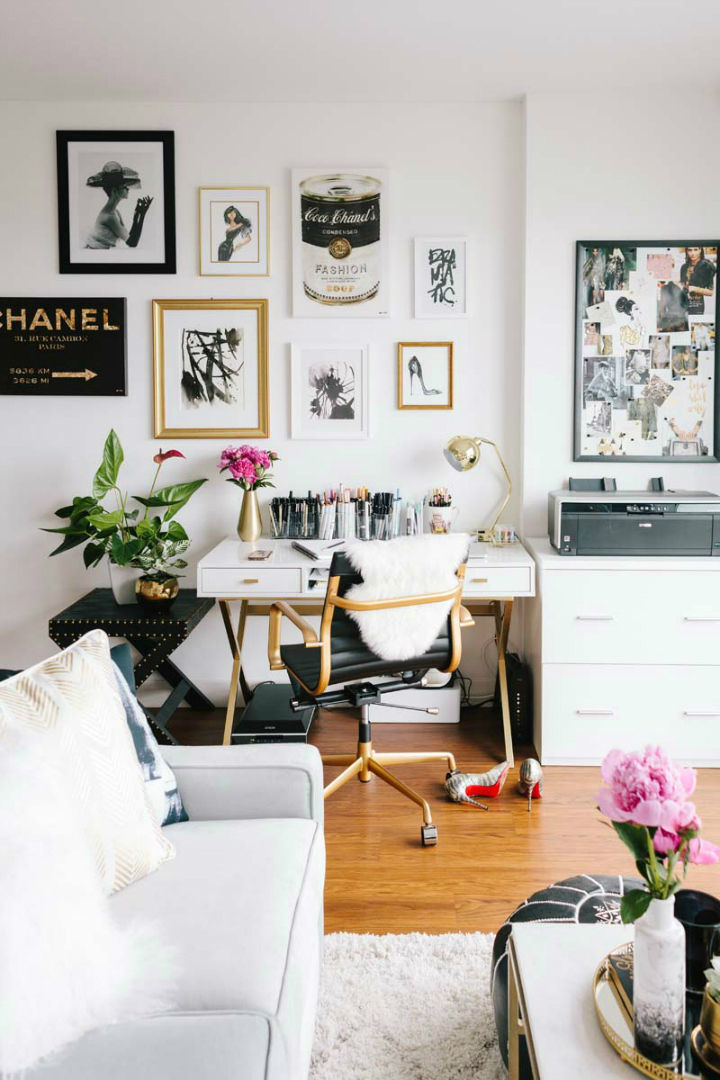 Dark Cozy Girl Wallpaper A Tiny San Francisco Apartment That Is Every Girl S Dream