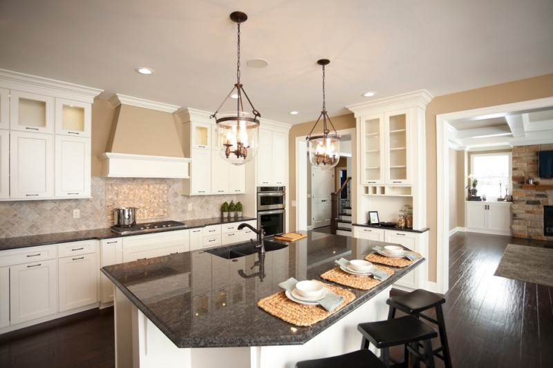 What Goes With Black Kitchen Cabinets Relishing Cooking At Kitchen With White Cabinet And