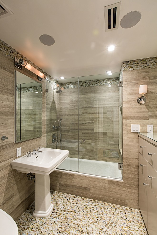 Very Small Bathroom Design Modernly Awesome Glass Doors For Bathtub To Be Stunned By