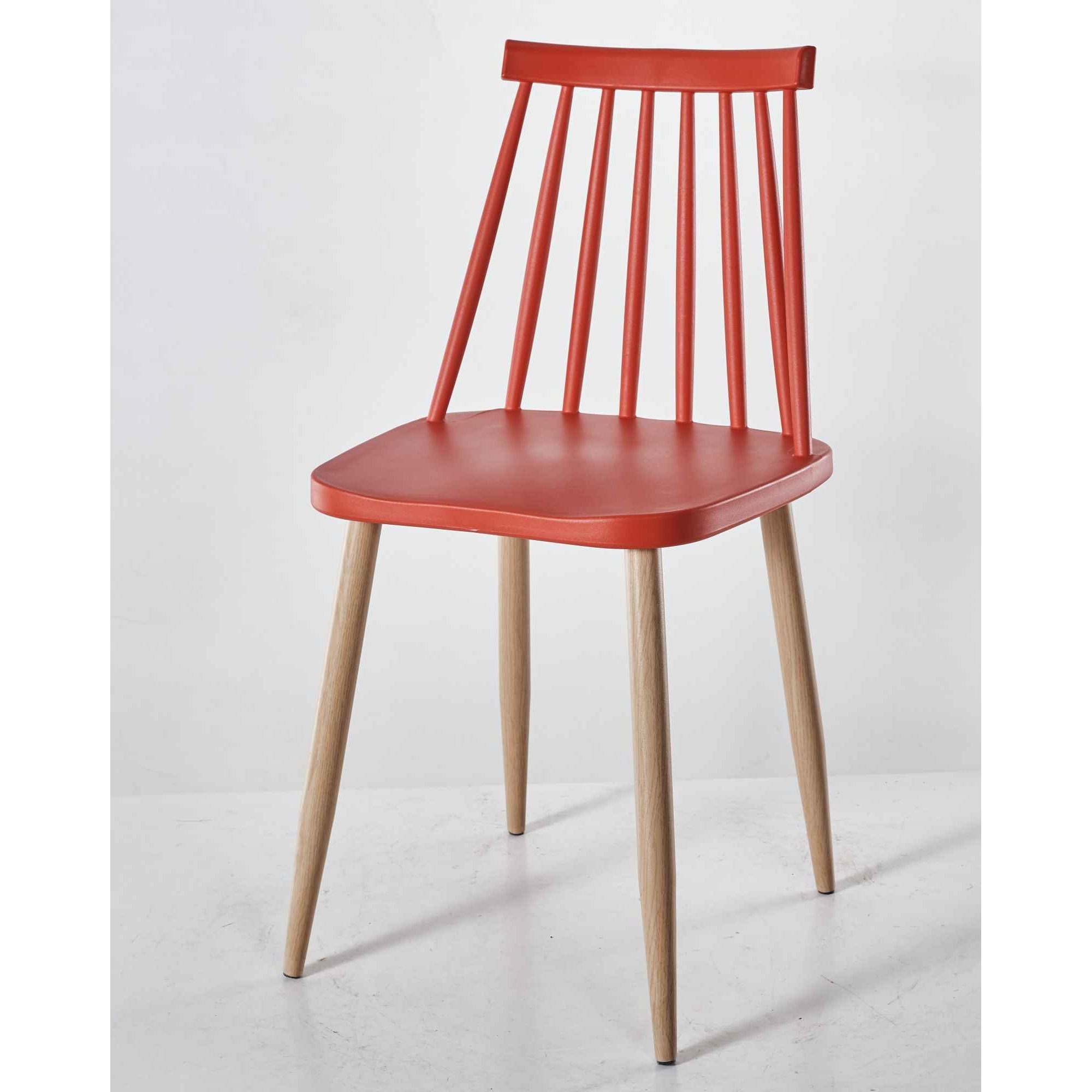 Chaises Scandinaves Couleur Deco In Paris 5 Lot De 4 Chaises Scandinaves Rouge Berta