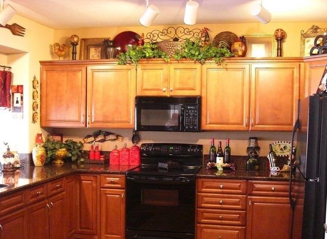 Wine kitchen decor theme ideas above cabinets Decolovernet - kitchen decorating theme ideas