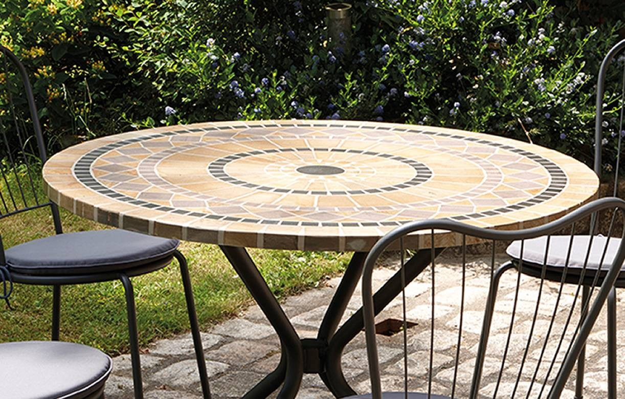 Table De Salon De Jardin Ronde Table De Jardin Mosaique Ronde En Pierre 43 4 Chaises