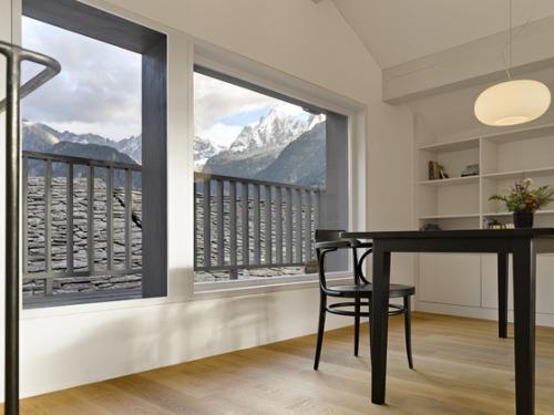 antigua-casa-rustica-interior-moderno-18