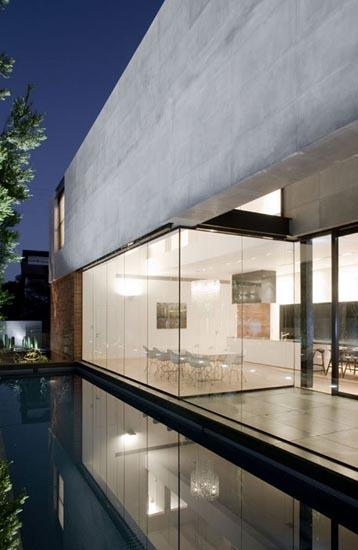 casas-contemporaneas-grandes-ventanas-herzelia-pituah-house-10