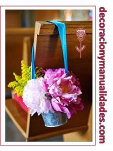 decoracion camino al altar con flores