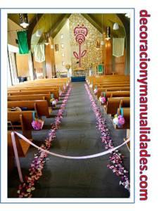 como decorar el camino al altar con flores