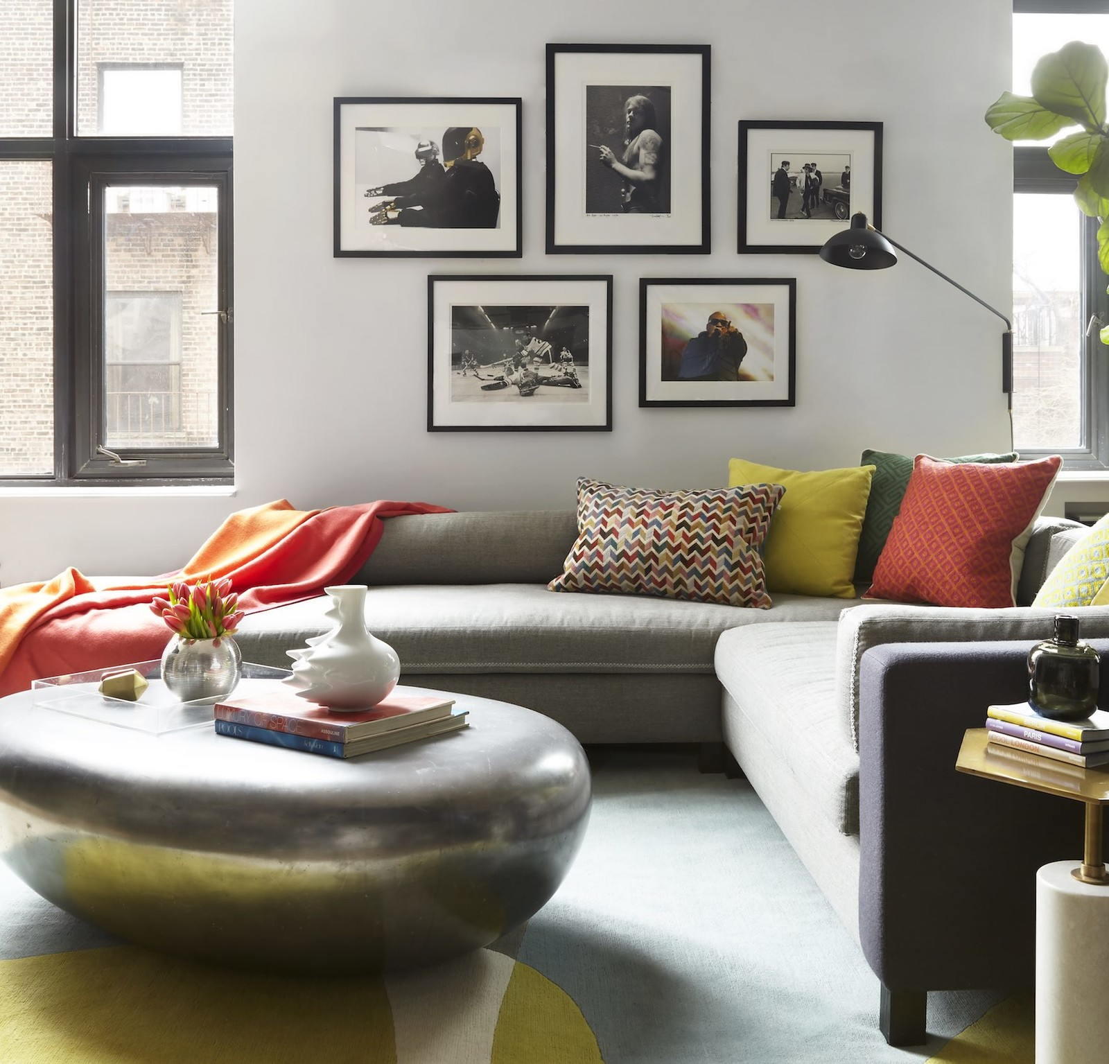 Living Room With Grey Sofa 15 Ways To Style A Grey Sofa In Your Home Décor Aid